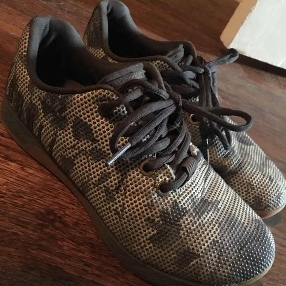 Bull Womens Floral Gum Trainer Size